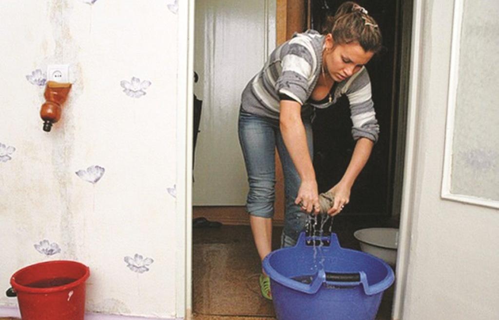 Что делать, если затопили квартиру? Подробная инструкция.