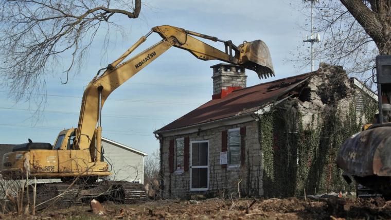 Как оформить снос дома на земельном участке. Инструкция.